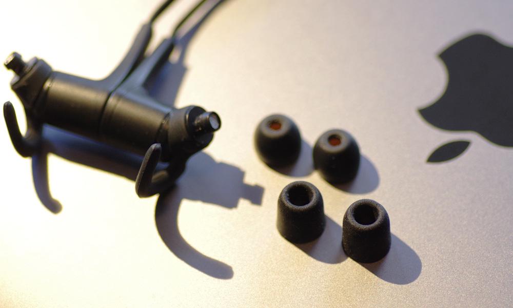 LOG-170121Q12+earpiece06