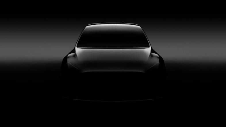 Teslaの新SUV「Model Y」が株主総会でチラ見せに!